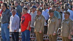 Raúl Castro presides at national event to honor Che Guevara