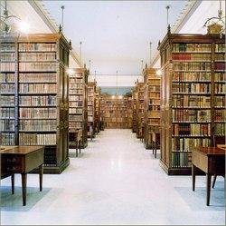Concluyo en Cuba coloquio Del papiro a la biblioteca virtual