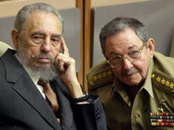Fidel and Raul Castro2_resize.jpg