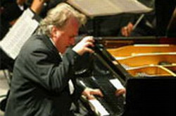 Cuban laureate pianist Frank Fernández to perform in Panama