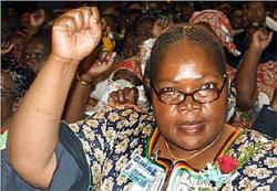 Zimbabwe's Vice President arrived in her second visit to Cuba