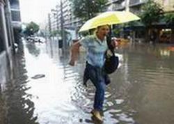 High rank cuban communist evaluate damages by rains in Las Tunas