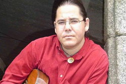 Cuban singer  continues his presentations in different regions of Spain