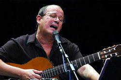 Cuban singer songwriter Silvio Rodriguez will sing in New York