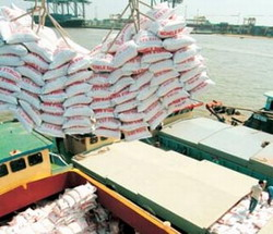 Cuba receives rice gift from Vietnam