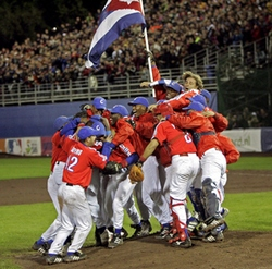 Cuba wallops USA 10-2 in Olympic baseball and advances to the gold medal game