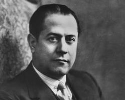 Se conmemoran 120 anos del natalicio del genial ajedrecista cubano José Raul Capablanca