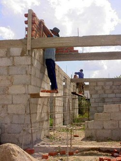 Cuba to let construction of pvt homes