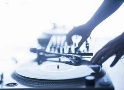 Participara joven de Ciego de Avila Cuba en Festival Internacional de Disc-Jockeys