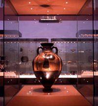 Exhibe muestra sobre la cultura del aceite el Museo Cubano de Bellas Artes