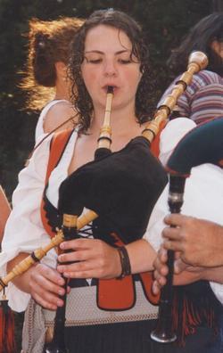 Gaitas danzas  romerias asturianas en Cuba