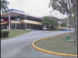 Hotel Hanabanilla en la central provincia cubana de Villa Clara se prepara para afluencia de turistas