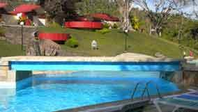 hotelsoroa piscina