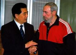 Chinese president and Fidel Castro meet in Habana