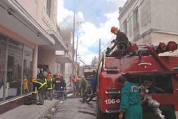 Restauraran tienda que sufrio incendio en Camaguey