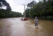 Prosigue alerta en oriente de Cuba por lluvias e inundaciones