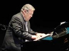 Cuban composer José Maria Vitier directs the premiere of the opera Santa Ana in Mexico