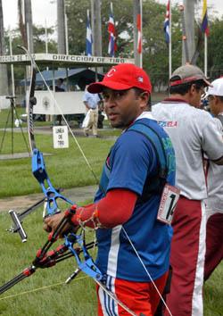 Juan Carlos Stevens in Cubas Archery Elite