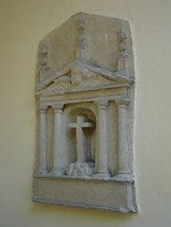 The first commemorative stone in Cuba