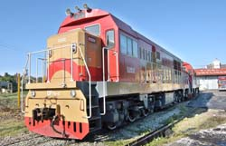 Llegaron de China otras 11 locomotoras a Cuba