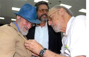 Cubas Haydee Santamaria Medal Bestowed on Two Foreign Artists