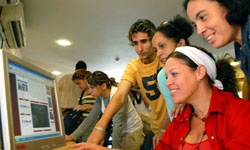 Cubans with Computer Skills Increase