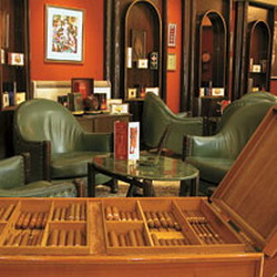 Cuban cigar aroma, taste and art