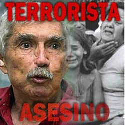 Ordenan que terrorista Posada sea enjuiciado por fraude migratorio cuando Panama reclama su extradicion