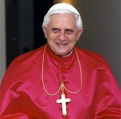 Pope urges UN poverty drive despite banking crisis