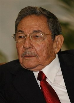 Cuban President Raul Castro formally welcomed the Ambassador of Trinidad and Tobago