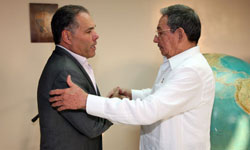 Cuban President Raul Castro Meets with Panamanian First Vice President