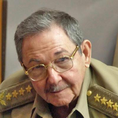 Raul Castro dice que se necesitan gestos para el dialogo EEUU Cuba