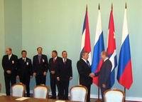 Presidente cubano satisfecho con visita a Rusia