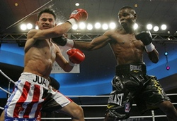 Cuban Guillermo Rigondeaux, who defected from Cuba in February wins pro debut