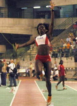Savigne wins gold for Cuba in triple jump