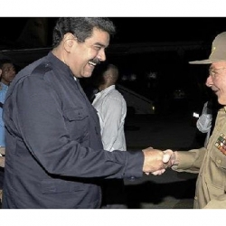 Cuban president Raul Castro sees off his Venezuelan counterpart after visit