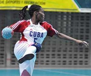 Equipo Femenino Cubano En El Mundial De Balonmano Cuba Headlines En Español Noticias De Cuba Noticias De última Hora En Cuba Y El Mundo
